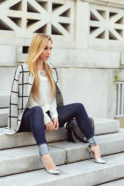 Hot Miami Styles sweater - Sophia Webster pumps
