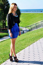 H&M skirt - Armani Exchange blazer - BLVD Shoes pumps