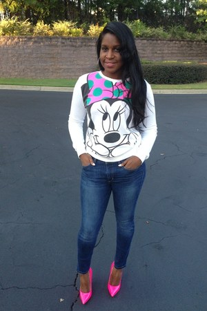 white minnie mouse Forever 21 sweatshirt - navy skinny ankle Joes Jeans jeans