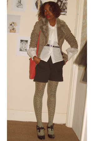 jacket - blouse - purse - shorts - tights - shoes