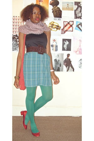scarf - top - belt - skirt - tights