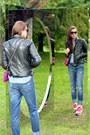 Hot-pink-suide-emilio-pucci-bag-teal-boyfriend-zara-jeans