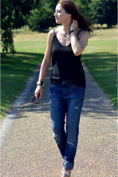 black camisole Zara top - blue boyfriend Zara jeans
