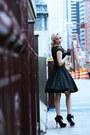 Black-bow-old-shoes-violet-floral-clutch-shop-roxx-bag