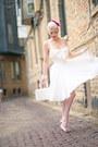 White-cotton-unique-vintage-dress-white-wicker-vintage-bag