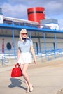 Sky-blue-unique-vintage-sweater-white-unique-vintage-shorts