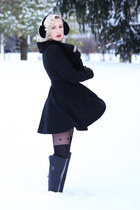 black knee-high boots Sole Society boots - black faux fur Lulus coat