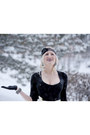 Black-lace-lorraine-tyne-accessories-ivory-tulle-shabby-apple-skirt