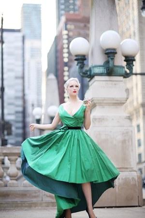 silver fragrance Mair accessories - green Ela Siromascenko dress