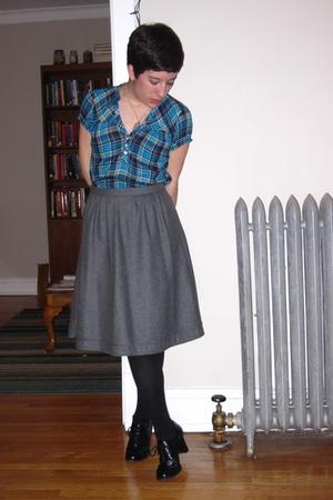 gray banana republic skirt
