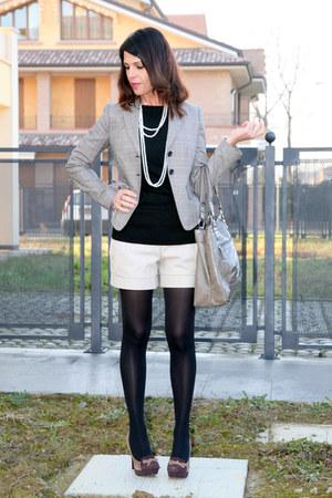 black viscose ChiccaStyle sweater - gray cotton Carla G blazer - gray leather no