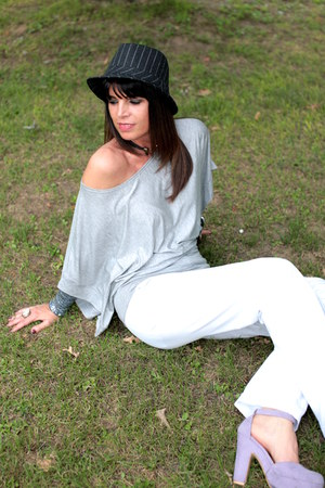 periwinkle no brand shoes - gray vintage hat - gray ChiccaStyle top