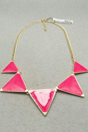 triangle collar necklace