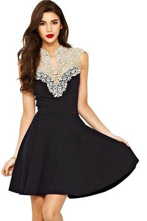 black chicnova dress