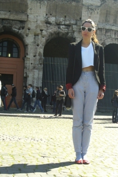 Zara blazer - t-shirt - vintage pants - accessories