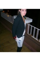 blazer - jeans - boots