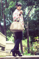 vintage blouse - Parisian shoes - vintage bag - Ray Ban sunglasses