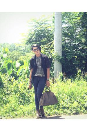 vintage bag - Ray Ban sunglasses - sm department store pants - vintage blouse -
