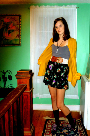 Forever 21 skirt - modcloth shoes