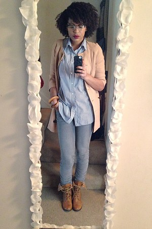 camel fold over Wet Seal boots - heather gray grey skinnies unknown jeans