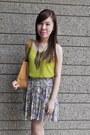 Tan-leather-bag-liz-claiborne-bag-sleeveless-soul-lifestyle-blouse