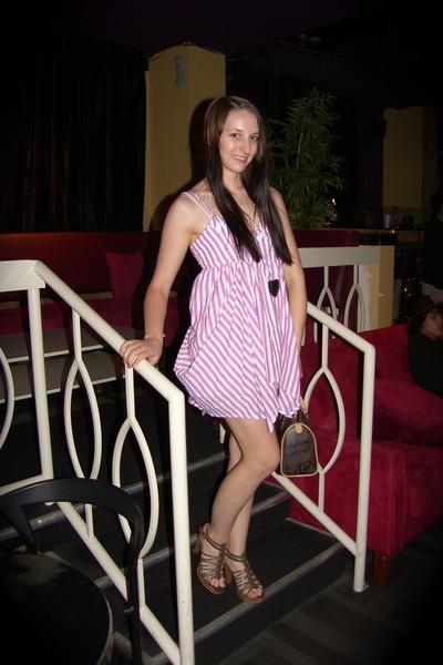 pink olsenboye top - beige shorts - brown Victorias Secret purse - silver Foreve