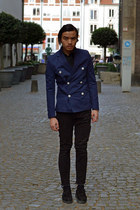 black leather Underground shoes - navy cotton H&M blazer