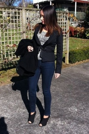 black Kagui boots - navy jeans - black jacket - leopard print top