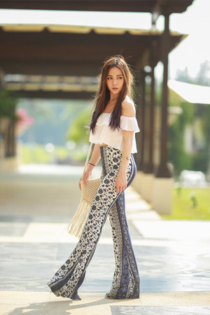 70s flare Missguided pants