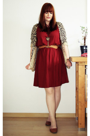 brick red camaieu dress - brown H&M belt - light brown H&M cardigan