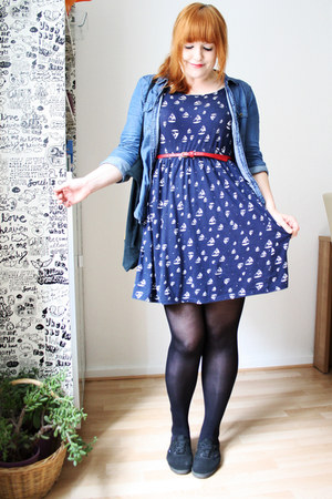 black zelda Kleiderkreisel bag - navy sailboat Pimkie dress