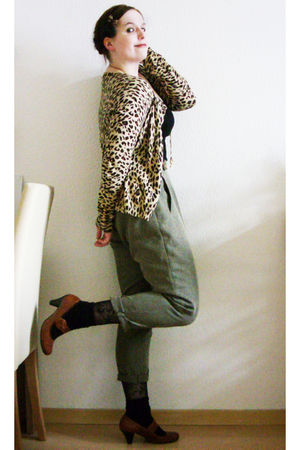 beige Ebay pants