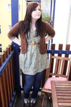 brown vintage cardigan - green H&M shirt - gold Accessorize necklace