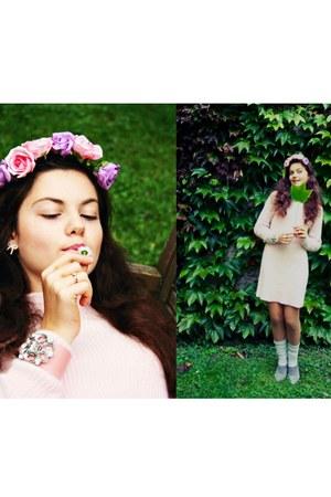 light pink H&M dress - gray long warm Naf Naf socks