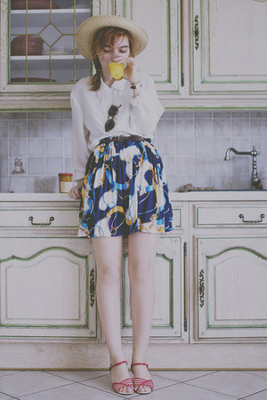 blue thrifted vintage skirt - eggshell Mums hat - white thrifted vintage shirt
