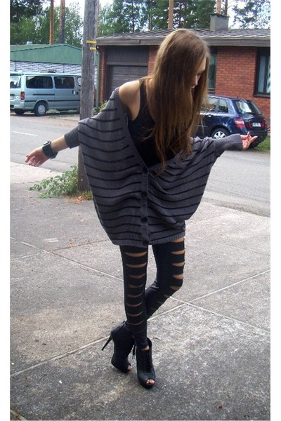 silver Only cardigan - black H&M top - black Ebay leggings - black Forever 21 sh