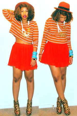 ruby red circle chiffon XXI skirt - carrot orange striped boxy XXI top