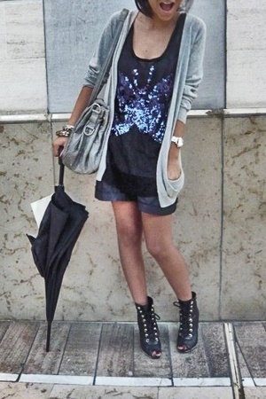 Secondhand vest - Sonia Rikyel t-shirt - Secondhand shorts - Chanel shoes - chri