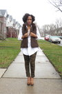 White-faux-fur-kenar-vest-brown-wedges-lulus-shoes