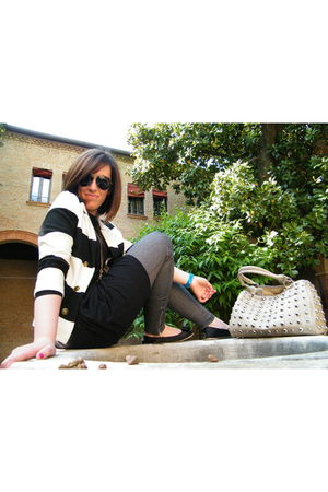 black H&M leggings - black Francesco Milano shoes - white H&M blazer - black H&M