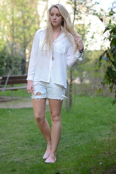 white H&M shirt - periwinkle gestuz shorts - hot pink pavement loafers