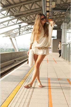 cream moussy dress