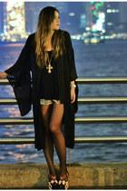 black kimono Maurie & Eve coat - blue Maurie & Eve shorts