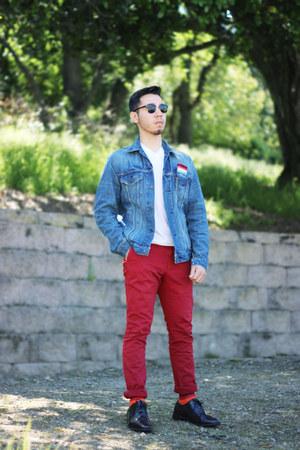 jean Levis jacket - v-neck Puma shirt - red Zara pants