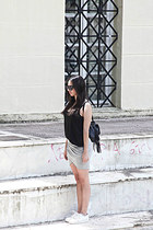 H&M bag - H&M skirt - H&M top - Bershka sneakers