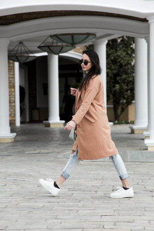 white milanoo sweater - camel milanoo coat - Zara jeans - Carpisa bag