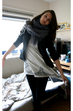 H&amp;M scarf - forever 21 dress - Vero Moda blazer - H&amp;M top - Market tights
