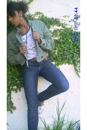 white Forever 21 shirt - white shoes - blue SIdcca jeans