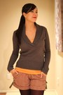 Dark-brown-marco-santi-boots-charcoal-gray-jcrew-sweater-maroon-tights