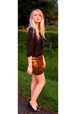 brown Zara blouse - gold H&M skirt - beige Hema tights - black Graceland shoes